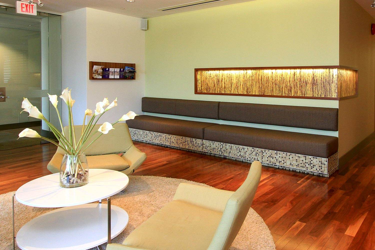 Fertility Clinic in Vancouver BC - PCRM waiting room | PCRM Fertility Clinic Vancouver